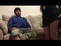 Comendo a namorada grávida até gozar na cara dela