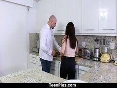 Fodendo com o chefe de cozinha contratado