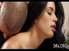 Isabela nutricionista de são paulo transando no redtub com novinho do pênis grande esse video porno caiu na net