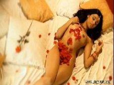 Morena indiana fazendo dança do ventre e depois entrando no sexo hd cheio de fantasias