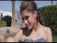 Video porno de novinha gostosa e seu namora acampando