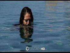 Novinha safada dando a buceta apertada na lagoa