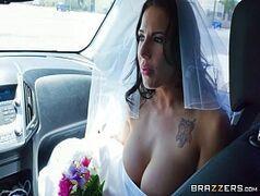 Noiva foge do altar do casamento pra dar pro amante
