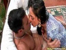 Morena do Brasil fazendo um porno no hotel