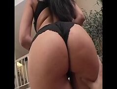 Pornobrasil morena gostosa pra caralho de calcinha preta