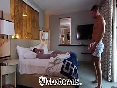Videos gay fazendo café para seu bofe antes dele dar um chupisco em seu cacete