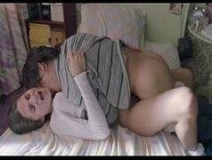 Xvideo novinha dando no seu quarto para o namorado da escola