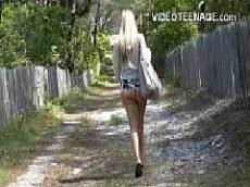 Fodendo magrela gostosa do vídeo porno