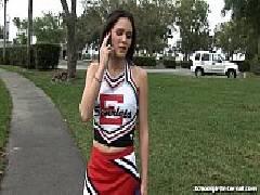 Novinha colegial no x videos pornõ fazendo sexo