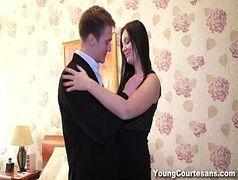 Porno caseiro da ninfeta gostosa fazendo sexo