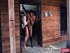 Transando dentro da sela da cadeia loirinha amadora caseiras tube
