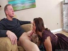 Anal sexo gratis com uma novinha casada
