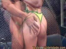 Cena de sexo com o boquete top da loira gostosa