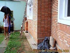 Loira rabuda brasileira dando gostoso pro pedreiro tarado cheio de tesão para fuder essa buceta