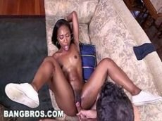 Negra muito gostosa no vidio porno gostoso