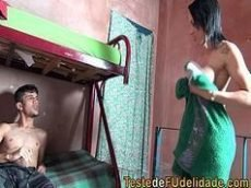 Porno brasileiro com prima chupando