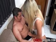 Puta loira gostosa brasileira torando com muito tesão e vontade