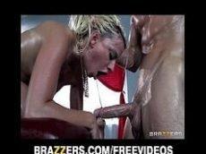 Videos de mulheres fazendo sexo com loira gostosa da brazzers