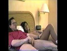 Xvideos amadores com uma novinha dando para um cara muito mais velho do que ela e gravando um vídeo amador