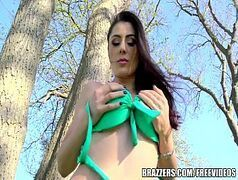 Bucetuda malandra xvideos novinha fazendo sexo ao ar livre com o dotado de sorte
