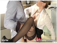 Fodendo a secretária no trabalho, caiu na net