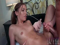 Xx videos porno com loirinha escoteira sendo ferrada