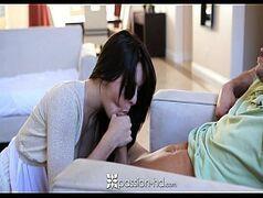 Morena gostosa trepando forte com o marido