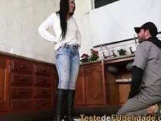 Transando com a cliente gata da bunda grande e peitos duros safadinha morena fazendo boquete sentando no pau mulher gata
