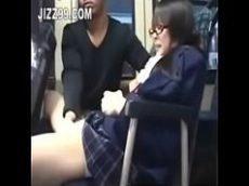 Mostrou porno pra japonesa no busao da escola