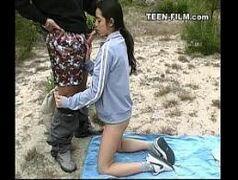 Porno 3d ninfetas pagando boquete em lugares públicos