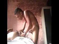 Sexo gay forçado com vizinho passivo