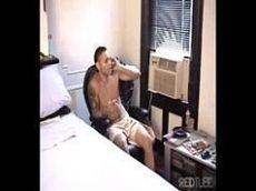 Sexo gay sem camisinha no hotel cinco estrelas