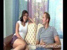 Videos porno da novinha linda de origem asiática dando para um coroa