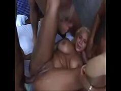 Contos de sexo loirinha favelada fazendo sexo gostoso