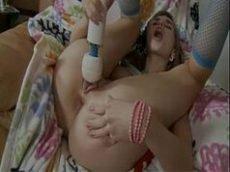 Larissa manoela pelada batendo siririca e gozando com vibrador