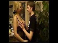Mc melody pelada coroa gostosa dando pro namorado