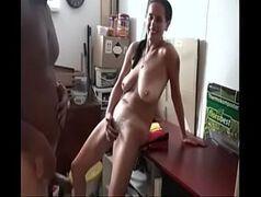 Pprnodoido de mulher carente fodendo com seu marido