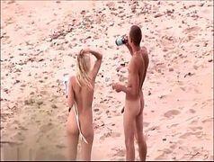 Sexo quente na praia deserta