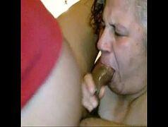 Velha doméstica casada traindo o marido com seu patrão da rola grossa