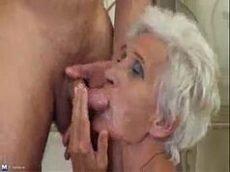 Vovo do sexo fudendo gostoso com seu neto