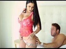 Sexo erotico com uma morena peituda muito gata