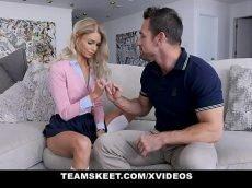 X video.com loira linda gemendo enquanto tem a sua perereca arrombada