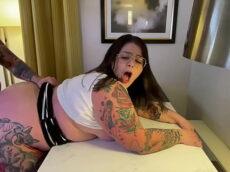 Samba com porno fofinha sexy fodendo de quatro